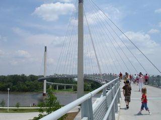Omahapedestrianbridge