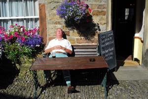 Lancashire_pub_nap_2